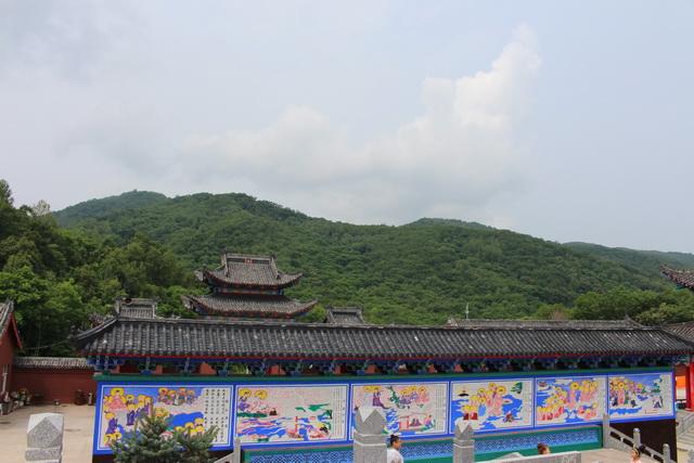 岭东区青山国家森林公园九峰禅寺