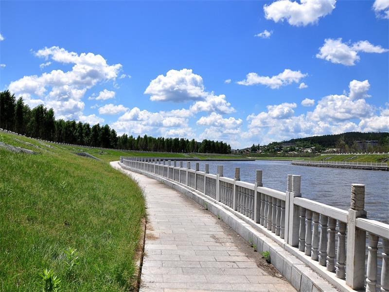 尖山区安邦河2